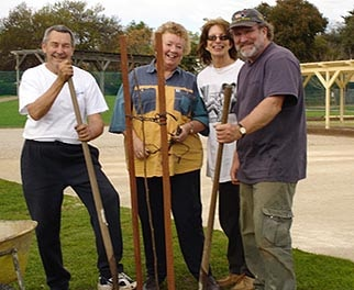Mike, Valmai, Brett and Sue planting a tree (2004)